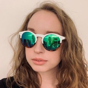 Anthropologie two tone polarized sunglasses